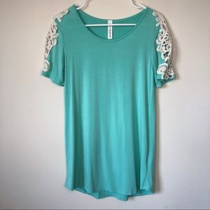 🔥 2/ $20 Long Teal Shirt with White Lace Detail